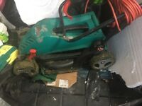 Bosch lawnmower with grass collection box