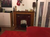 Large double room in Tooting. Available 13/11