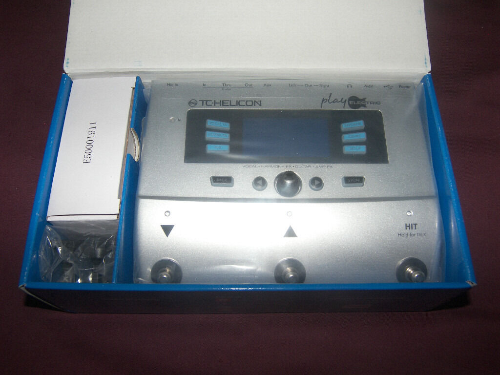 TC-Helicon / TC Helicon Play Electric Vocal and Guitar Multi-FX Processor , Vocalist / NEW .