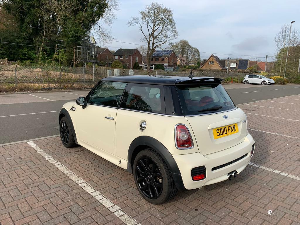 2010 Mini Cooper S With Factory Jcw Aero Kit In Bathgate West