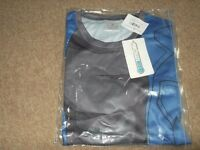 brand new cool max t shirts x2 (unisex) unused in original packaging and labels size small,