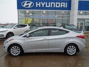 2012 Hyundai Elantra GL 1 OWNER, LOW, LOW KM