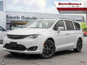 2019 Chrysler Pacifica Limited | DUAL DVD & SUNROOF | TOW GROUP