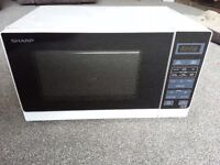 Standard white Sharp 800w microwave oven 2 months old !!