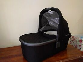Uppababy Universal Carrycot for Vista or Cruz, Jake Black
