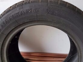 WINTER SNOW TYRES: 215/60 R16. Barely used.