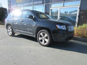 2012 Jeep Compass RARE 5-SPEED SUV