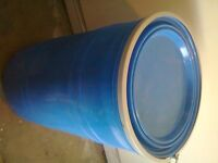 120 LITRE PLASTIC BARREL / DRUM USE AS WATER BUTT OR ANY SOLID OR LIQUID
