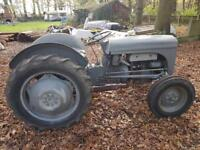 Massey Ferguson classic/vintage 1980s tractor bin sat 4 about 2 years under cover now won't start
