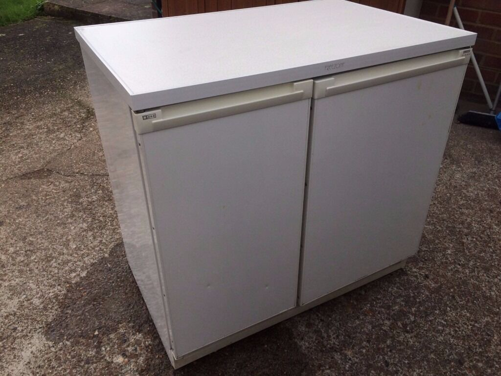 Electrolux Side By Side Undercounter Fridge Freezer