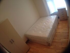2 DBL ROOMS IN THE SAME HOUSE*RUCKHOLT RD, ALL INC