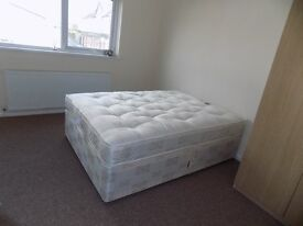 SPACIOUS 1 BEDROOM FLAT (FIRST FLOOR) LOCATED IN HESTON - COUNCIL TAX & WIFI INCLUDED £1000 TW5