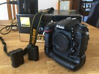 NIKON D7100 Body Only, with grip and extra Battery