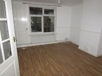 3 Bedroom Spacious House In Romford