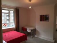 VERY BIG DOUBLE ROOM ZONE 2 WHITE CITY,CENTRAL LINE, AVAILABLE NOW, ALL BILLS INCLUDED W12 7NX