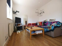 A modern ground floor 1 double bedroom flat moments from Finbury Park tube & Crouch Hill overground