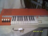 A BONTEMPI CHORD ORGAN , In WORKING ORDER ++ PLUG In and PLAY FOR £ 30 . +++