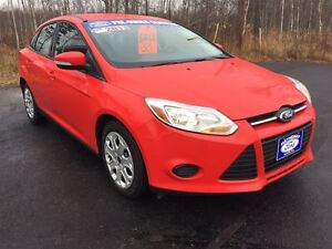 2013 Ford Focus SE|HEATED SEATS and MIRRORS|BLUE TOOTH HANDS FRE