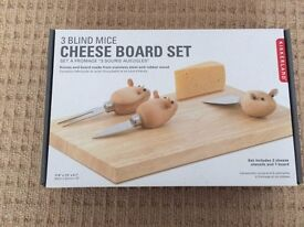 Cheeseboard - Never been used or taken out of the box