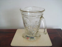 Vintage glass water or drinks jug, in excellent condition
