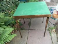 VINTAGE CARD TABLE WITH FOLDING LEGS MADE BY VONO IN 1934