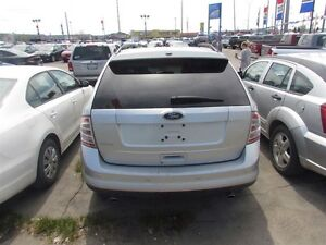 2010 Ford Edge SE * REFER A FRIEND AND EARN $300 London Ontario image 5