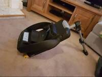 MaxiCosi car seat base