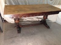 """Dining table, Jaycee, carved, draw leaf length closed 72"""" , open 108"""""""