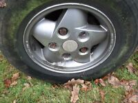LAND ROVER SET 4x 16' DISCOVERY DEFENDER ALLOYS £100. AXLES STERIN BOX OFFERS INVITED v5 AVAILABLE