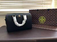 TORY BURCH Robinson Leather Satchel in Black (100% Genuine)