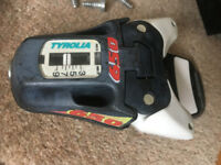 a pair of old Tyrolia 650 ski bindings (DIN3-9)