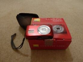 Nikon Coolpix S2800 (20.48 MP,5 x Optical Zoom,2.7 inch Display) Digital Camera – Red