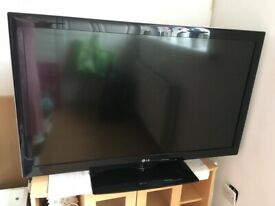 LG 42 inch wide screen Full HD 1080p 100Hz LCD Television With Freeview HD