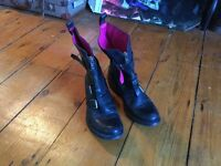 Black ankle boots, size 4. 'Smells like couturr'
