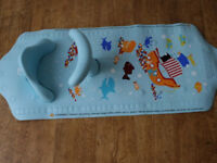 MOTHERCARE AQUA POD baby non-slip support BATH MAT with SEAT, in vgc., collect nr. Swansea Valley