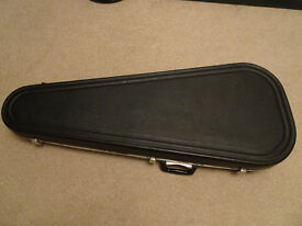 British made Hiscox Standard Large Bass Guitar Case