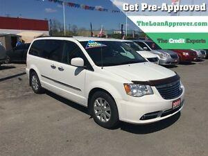 2011 Chrysler Town & Country Touring * LEATHER * CAM * HTD PWR S