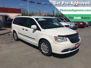 2011 Chrysler Town & Country Touring * LEATHER * CAM * HTD PWR S London Ontario image 1