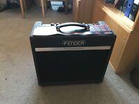 Fender Bassbreaker 15 Combo (nearly new)