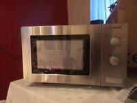 Microwave Bosch BRAND NEW ( Retail Price £99.00)