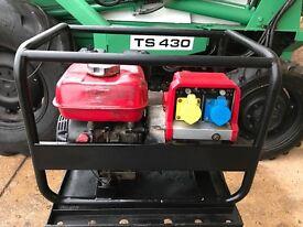 Honda gx160 petrol generator, 110v and 240v good working order