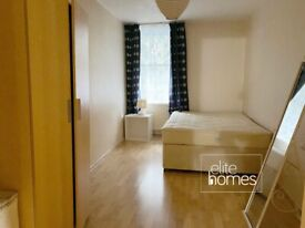 Large Double ROOM to rent in a newly decorated house-share in Islington, N1.
