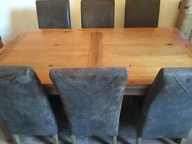 Barker & Stonehouse Solid Oak Dining Table & 6 Chairs