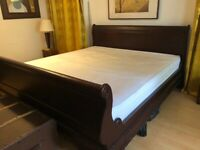 Super king size sleigh bed