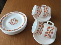 1960's-70's retro Pyrex tea set.