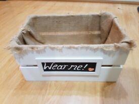'Wear me' crate wedding vintage