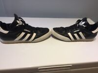 Adidas Sambas mens size 10, very good condition