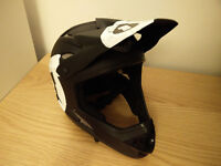 661 competition II full face helmet