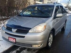 2004 Toyota Sienna XLE  AWD P.SUNROOF,P.LEATHER SEATS$5975