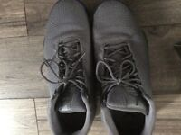 Jordan horizon low trainers- genuine